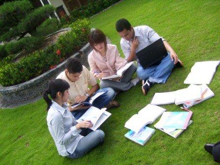 fakultas-ilmu-komunikasi-terbaik-1023x768