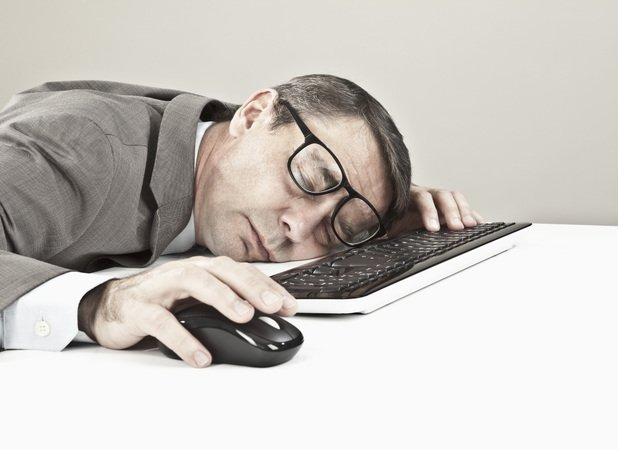 employee-dozing-at-desk