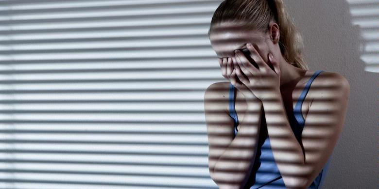 10431_benarkah_wanita_lebih_mudah_depresi