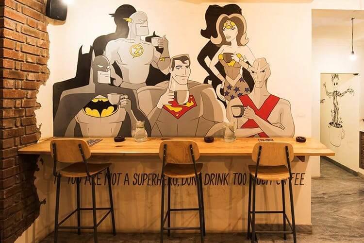 Desain interior cafe yang unik dan instagrammable