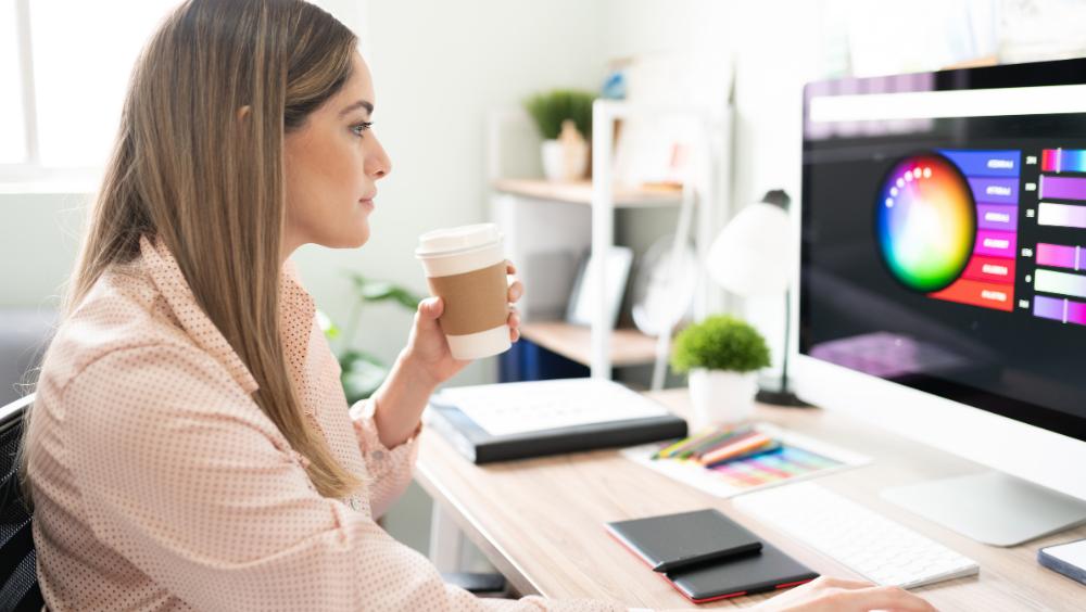 6 Cara Memilih Freelance Design Grafis untuk Toko Kecil